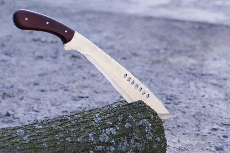 Упали ножи примета и другие суеверия про холодное оружие