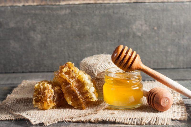 Заговоры с помощью мёда