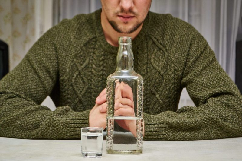 Черная порча на алкоголизм