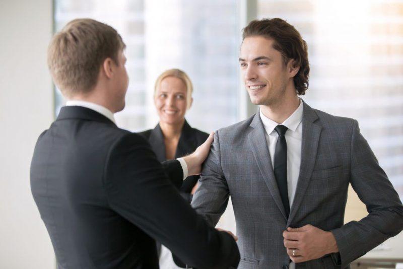 Как поднять авторитет при помощи заговора на уважение
