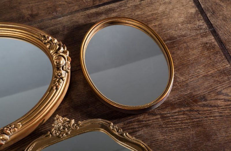 Как преподнести в подарок зеркало 563