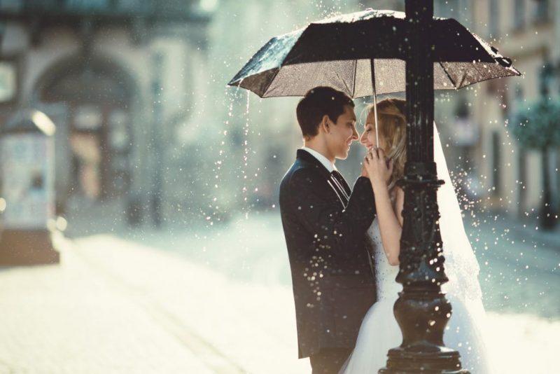 Дождь на свадьбу — к чему по приметам гроза на свадьбе и что делать, если идет дождик