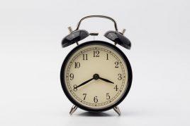 Актуальные приметы о времени на часах
