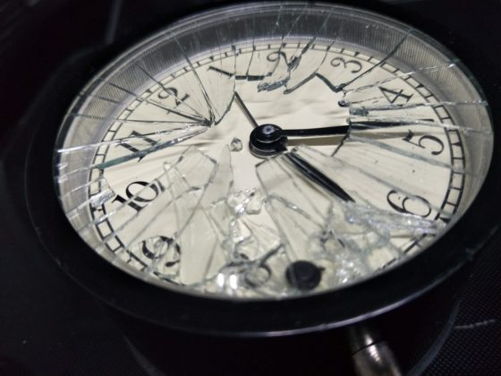 Приметы о разбитых часах