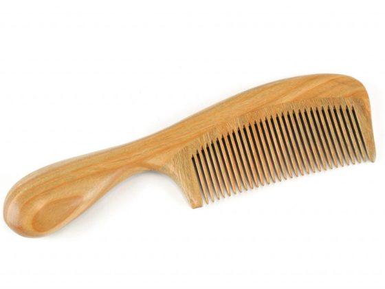 Для гадания нужна новая расчёска