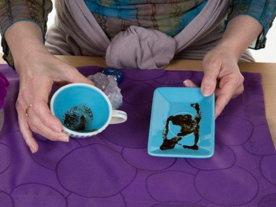 Толкование оленя на кофейной гуще