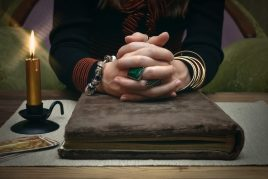 Принцип гадания по Книге Судеб