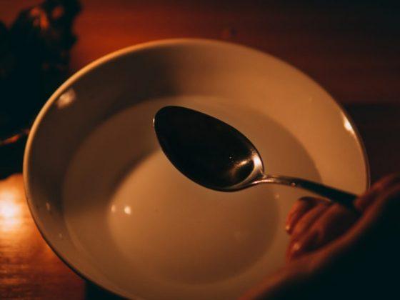 Гадать необходимо в полном одиночестве
