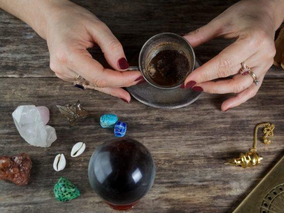 Образ девушки при гадании на кофейной гуще