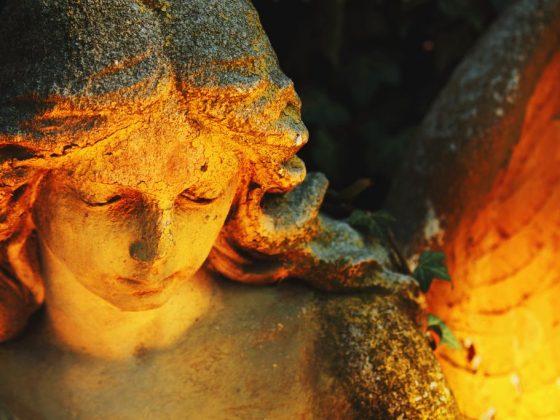 Если снится ангел в виде статуи, то все проблемы решатся