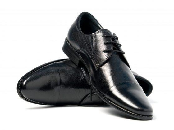 Чёрные ботинки снятся к успеху в делах