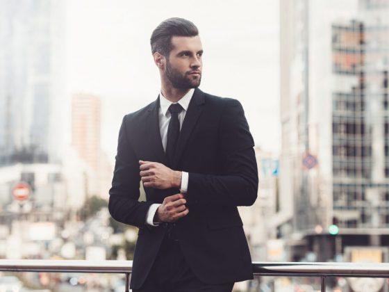 Стильный и деловой мужчина